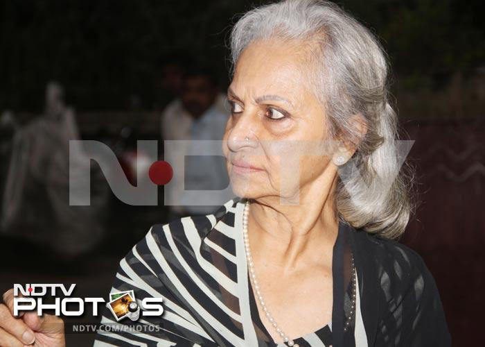 Asha Parekh, Waheeda watch <i>Heroine</i>