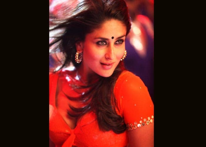 kareena-halkat66.jpg