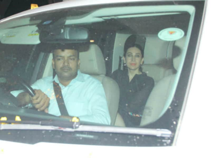 Karisma Parties With Rumoured Boyfriend Sandeep Toshniwal At Kareena's Place