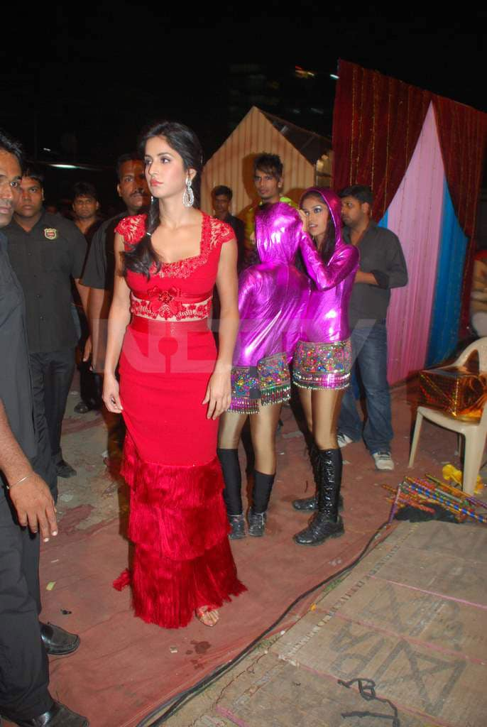 Katrina at Zee Rishtey Awards 2010