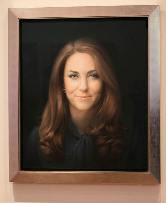 Kate Middleton's first portrait an epic fail?