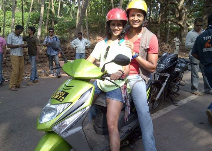 Riteish rides pillion with Genelia in Goa