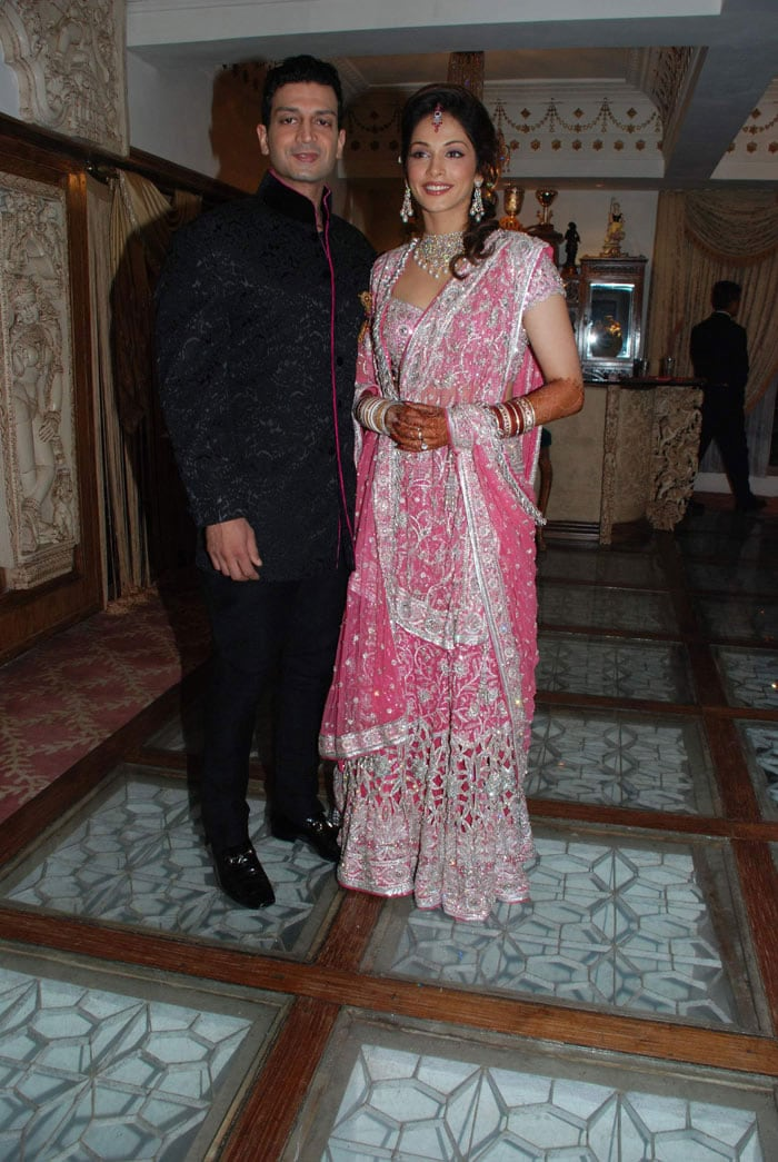 Pics For u0026gt; Bharti Yadav Wedding Pictures
