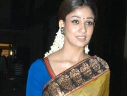 Photo : Nayanthara goes head-to-toe traditional at MAA Awards