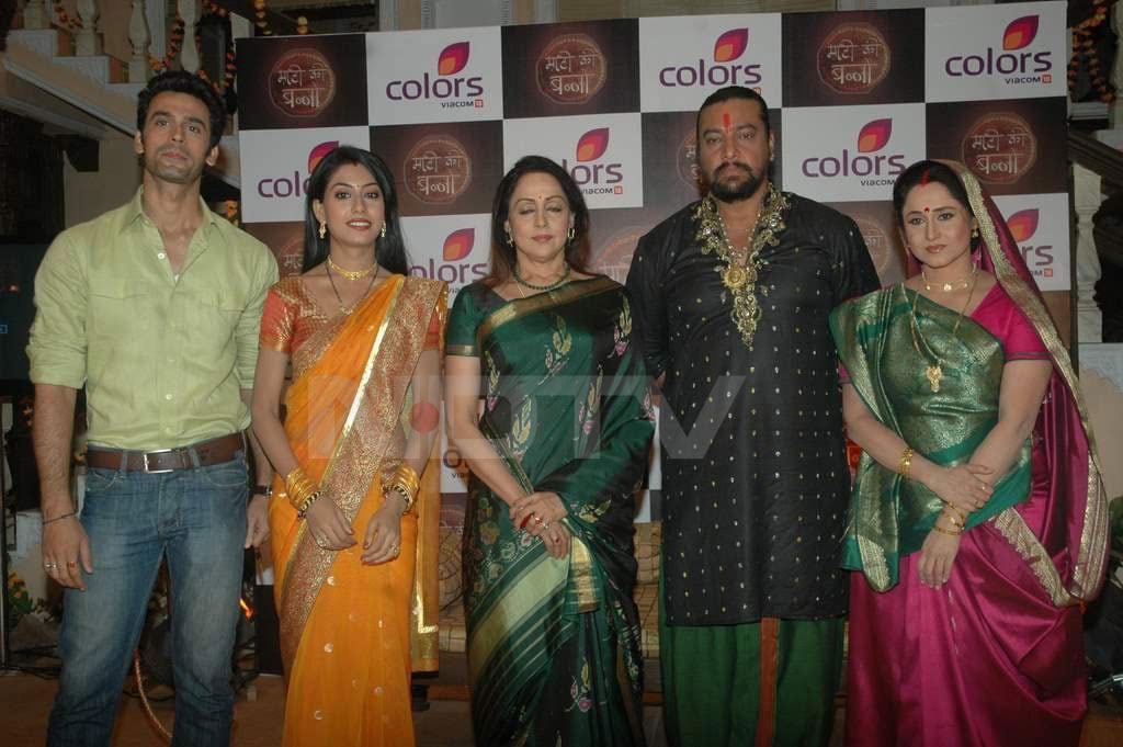 Hema Malini launches Maati Ki Banno