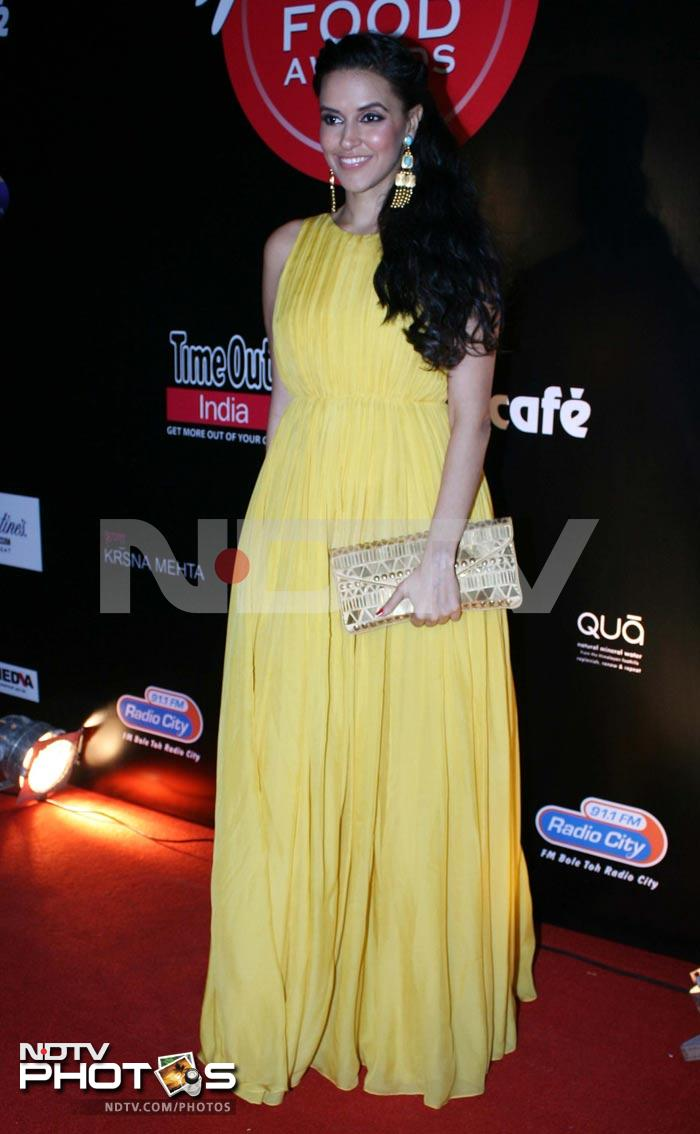 Sizzling Malaika, pretty Kalki on the red carpet