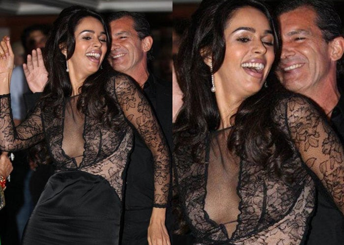 Mallika's dirty dancing with Antonio Banderas at Cannes