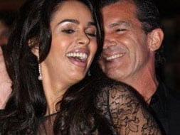 Photo : Mallika's dirty dancing with Antonio Banderas at Cannes