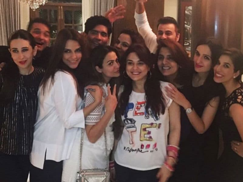 All About Last Night: Preity, Karisma Party With Manish Malhotra
