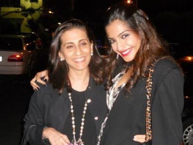 Sonam is Sunita Kapoor's Doting Daughter