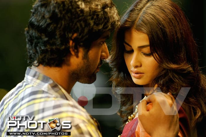 Review in pics: Naa Ishtam