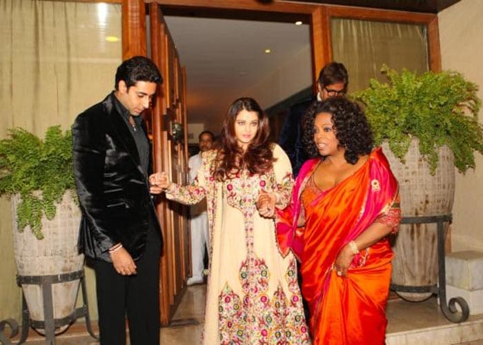 New pic of Oprah with Ash and Abhi