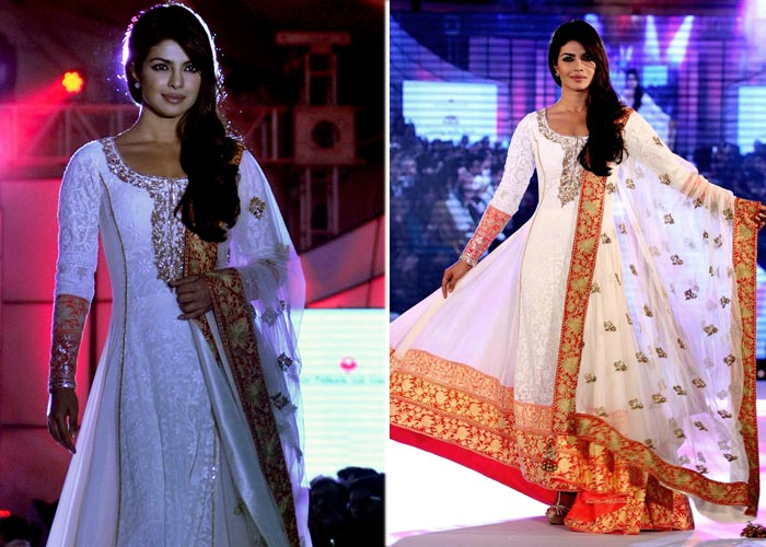 Priyanka Chopra dazzles on the ramp