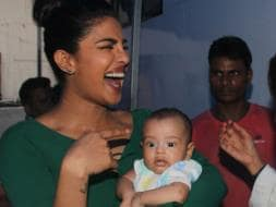 Photo : These Pics of Priyanka Chopra And Baby Ahil Are Just Too Cute