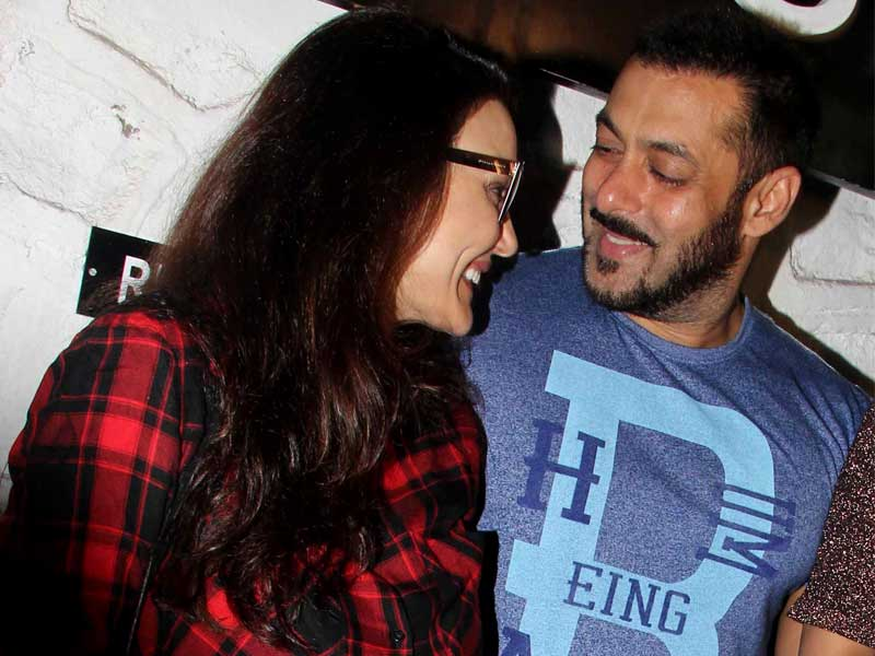 Chori Chori Chupke Chupke? Preity's 'Unplanned' Evening With Salman