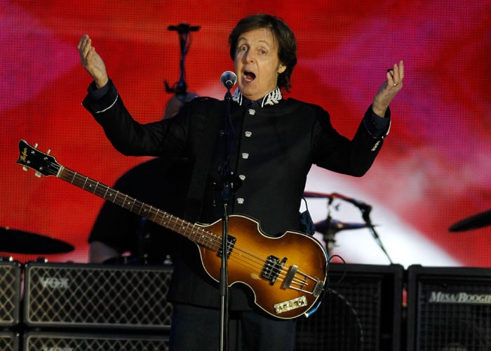 Paul McCartney, Elton John lead Queen's Jubilee concert