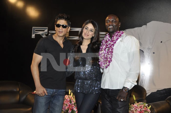 Bebo turns SRK's love interest again!