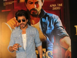 Shah Rukh Khan Leads The Blockbuster <I>Raees</i> Trailer Launch