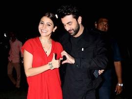 Ranbir - Anushka Kickstart The Festive Season With <i>Ae Dil</i> Screening
