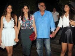 Photo : A Family That Stays Together: Sridevi, Boney, Jhanvi, Khushi