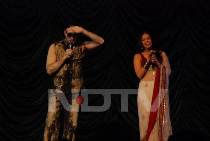 Ash, Abhi perform at Raavan music launch