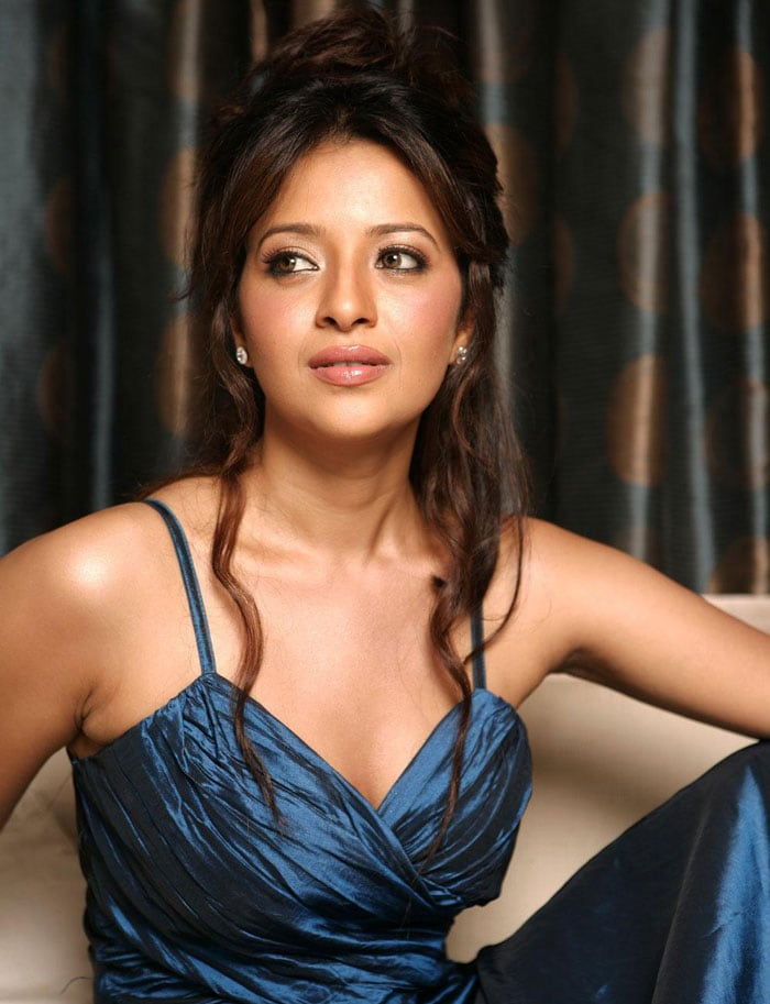 1 Happy birthday Reema Sen bollywood gallery