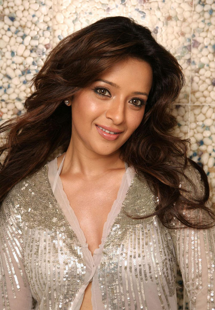 2 Happy birthday Reema Sen bollywood gallery