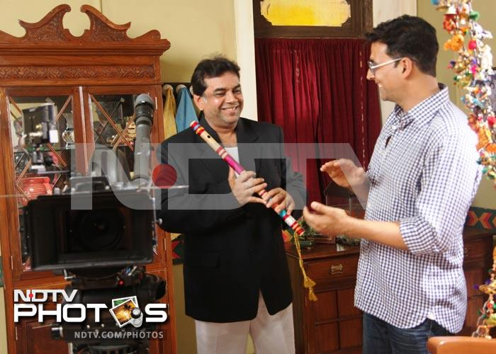 On the sets: Akshay Kumar, Paresh Rawal shoot for Oh My God