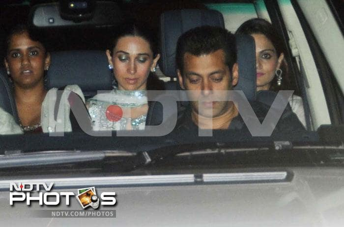 salman1 Salman Khan, Karishma Kapoor, Aamir Khan & Kiran Rao at the Ambani party for Sachin Tendulkar