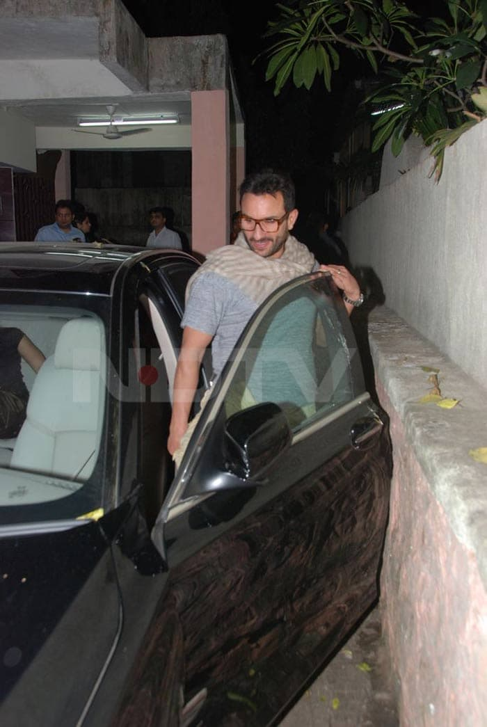 saif Saif, Kareena watch Anjaana Anjaani bollywood gallery