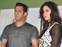 Photo : Salman, Katrina take a reality check