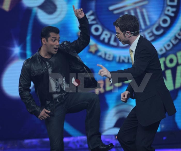 Salman, Preity on the sets of Guinness World Records