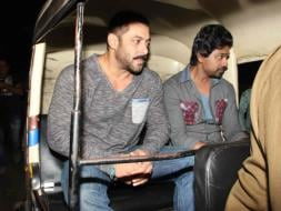 Photo : Salman Khan Takes an Autorickshaw Ride