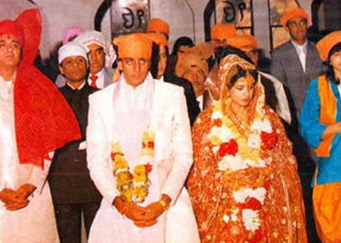 Maanyata throws Sanjay Dutt a birthday party