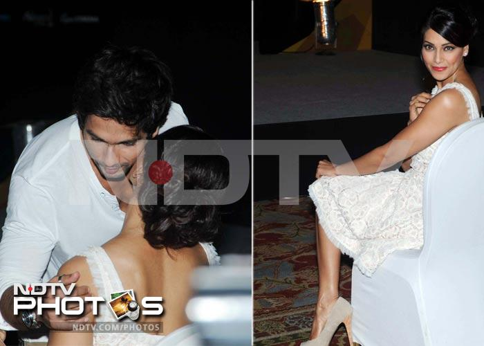 Caught-on-cam: Shahid-Bipasha sneak a snog