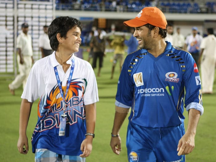 Shahid joins the Mumbai Indians fan club