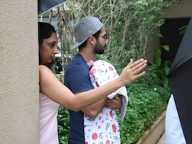Shahid and Mira Take Baby Home From Hospital