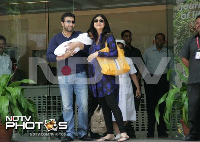 Shilpa, Raj take newborn son home