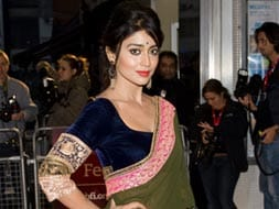 Photo : Midnight's Child: Elegant Shriya Saran