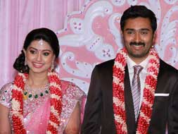 Photo : Suriya, Karunanidhi at Sneha-Prasanna's reception