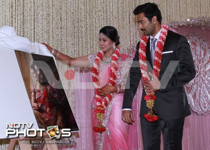 Suriya, Karunanidhi at Sneha-Prasanna's reception