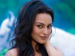 Photo : Life's a Holiday for Sonakshi Sinha at 27