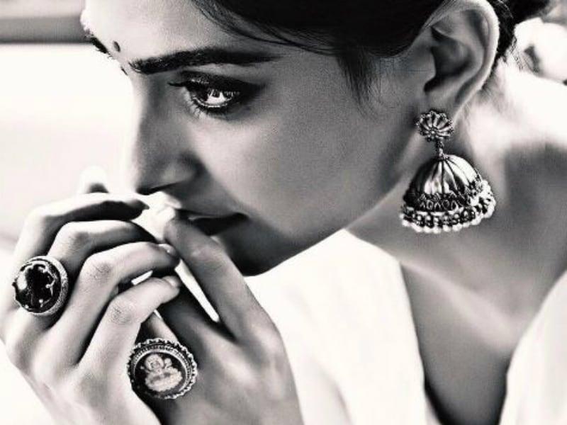 Sonam Kapoor's Khoobsurat Paheli