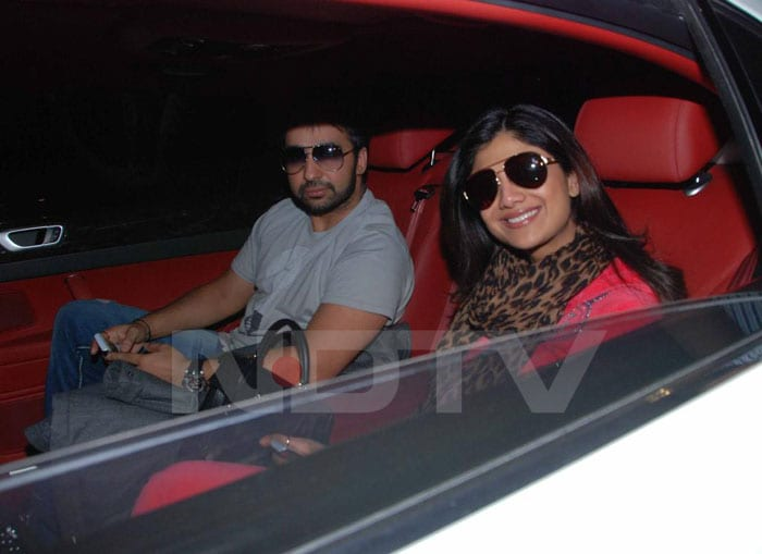 Spotted: Shilpa-Raj Kundra at Mumbai Airport