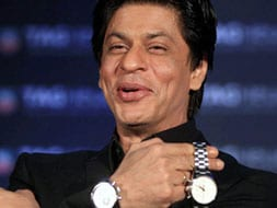 Photo : 'Watch' out for SRK
