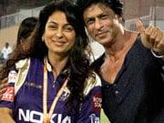 Photo : SRK, Juhi are friends again