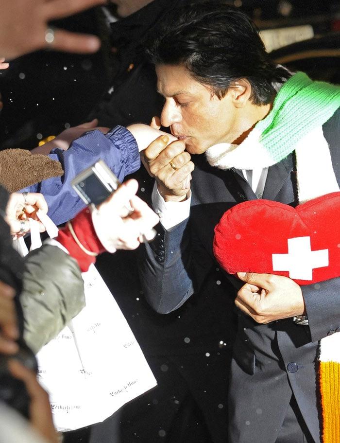 SRK, Kajol steal hearts in Berlin