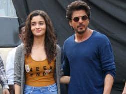 Photo : A Slice Of Shah Rukh Khan And Alia Bhatt's Zindagi