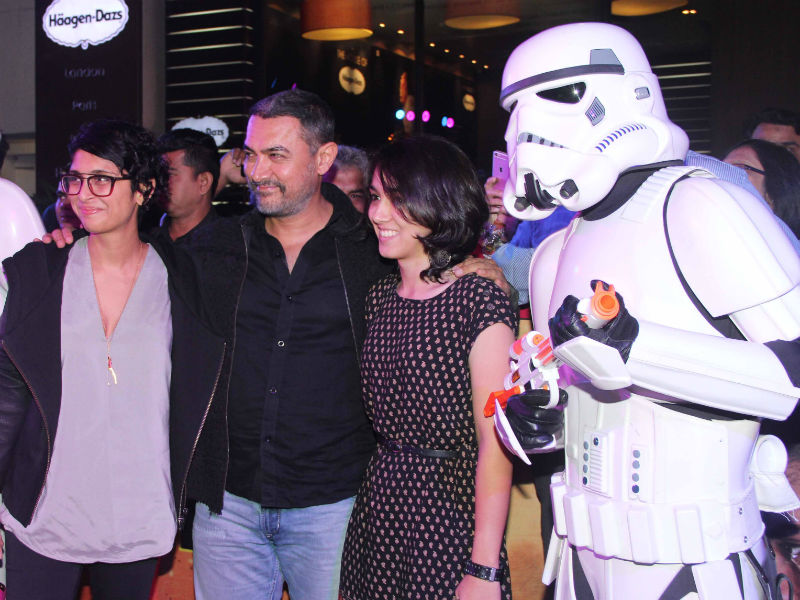 Bollywood's Force Awakens, Aamir Watches Star Wars