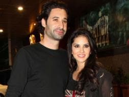 Photo : Sunny Leone's movie date with husband